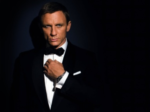 James_Bond_QOS_1024x768