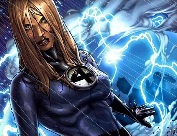 1795715-501406_invisible_woman_steve_mcniven08_super