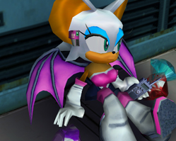 Rouge_with_three_Emeralds